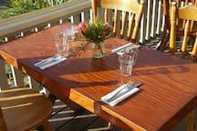 table&Chairs La Galette's veranda
