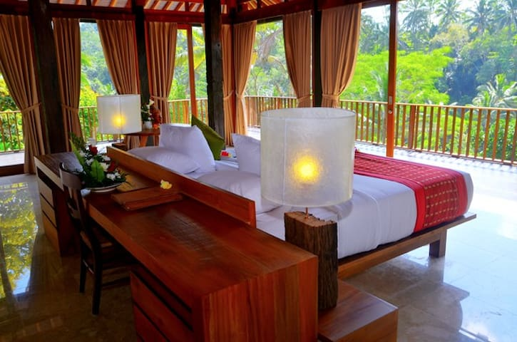 The Kampung Resort Ubud - Tegallalang - Bed & Breakfast