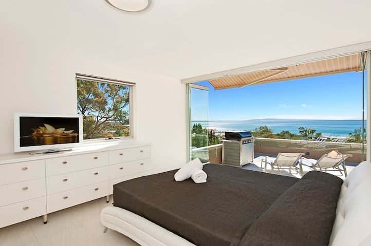 Luxury SubPenthouse Apartment  - Noosa Heads - Huoneisto