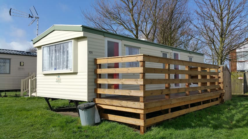 Self catering mobile home by the sea Kent - Leysdown-on-Sea - Chalé