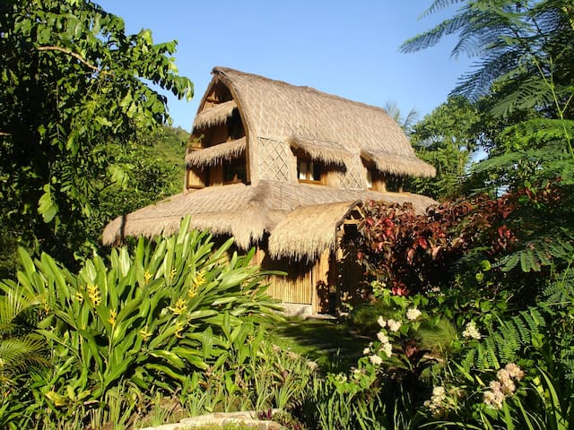 bale damai - traditional sasak house - lumbung - North Lombok