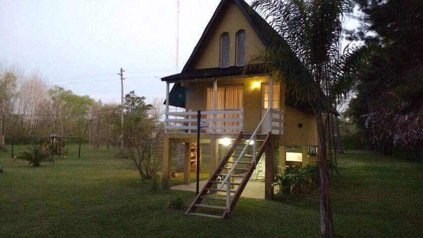 Cabaña en el rama negra - Tigre - House