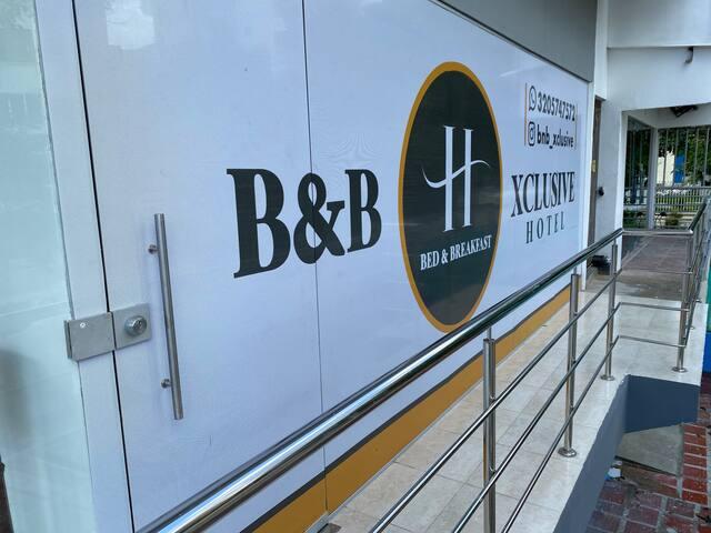 B&B XCLUSIVE - HOTEL-HABITACIONES PRIVADAS