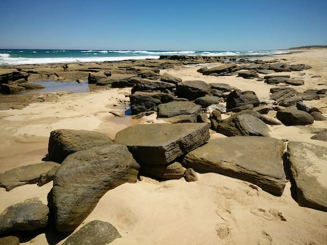 The Coastal Retreat @ St Andrews Beach