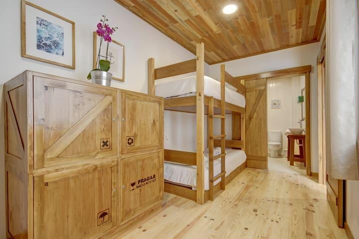 Castaway Guest House -  Mixed Dorm Room