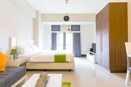 Spacious new studio by Greenbelt mall(M2) - Makati - Kondominium