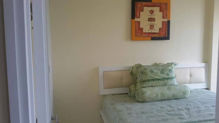 New & Clean Apartment  OAKWOOD Aprt