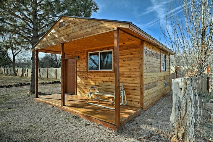 Cozy Fillmore Studio Cabin near Fishlake Forest!