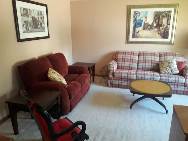 Always Home Executive Suite H#1