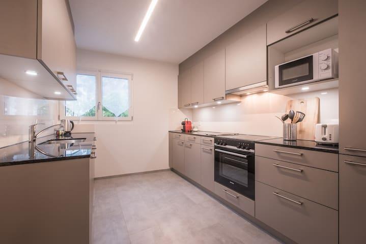 2 Bedroom - City Center Apartment - Interlaken # 1