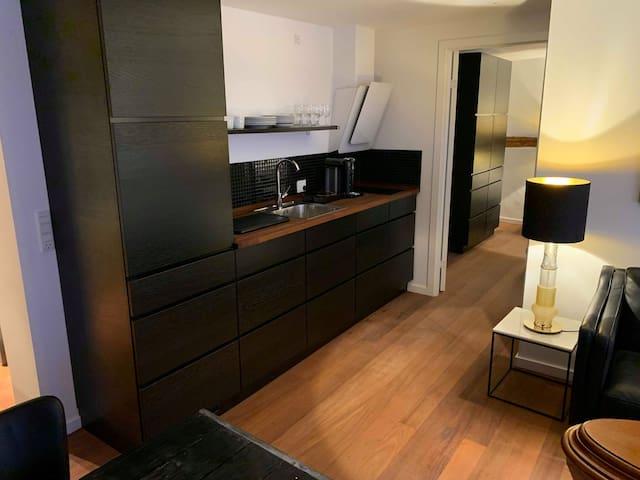 Brooklyn Apartment, Nyhavn