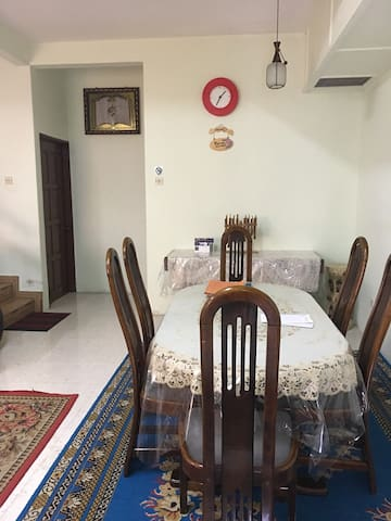 Double Storey Terrace Homestay - Bentong - บ้าน