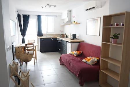 Apartamento Nuevo!! Vista Mar, Terraza,Wifi,Aire!! - Apartment