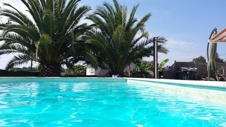 Studio  fAONE agréable à vivre avec piscine