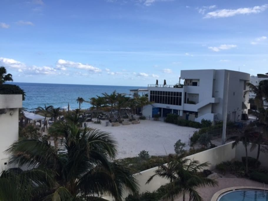 2 Bedrooms At The Beach Family Friendly Apartments For Rent In Hollywood Florida United States