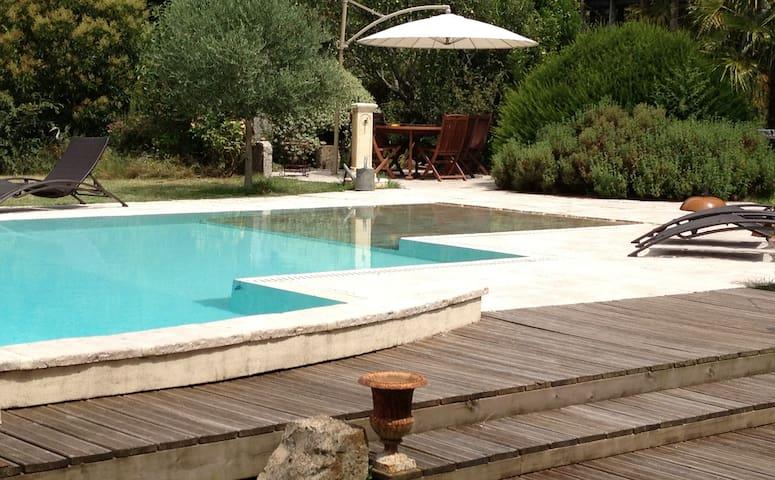 Maison La Vie, chambres d'hôtes - Carresse-Cassaber - Bed & Breakfast