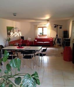 110 qm Haus mit zwei Schlafzimmern. - Otterfing