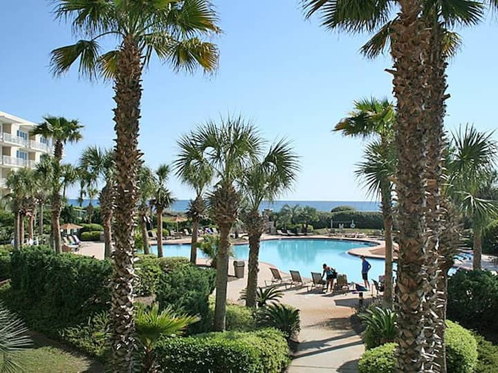 Amazing Condo w/ Partial Gulf View! Fitness Center, Pools, Beach Access