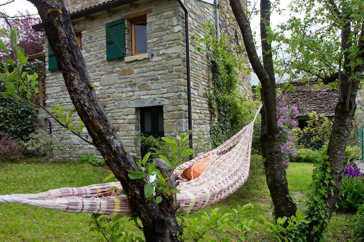 "Charming old rural cottage ""Linden"" - Farini - Talo"