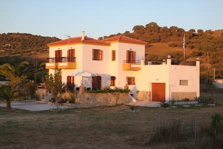 Beautiful Greek Villa - Gavathas - Villa