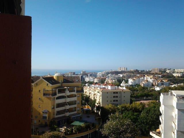 Charming studio BEACH sea view WiFi BusinessReady
