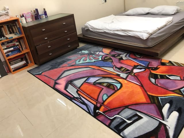 Fully furnished spacious studio near airport