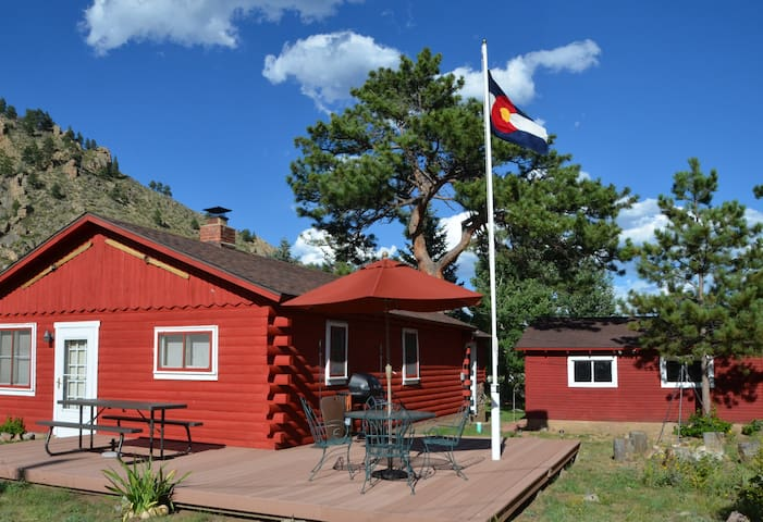 Cozy Cabin in The Colorado Rockies - Larimer County - Kabin