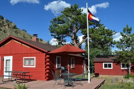 Cozy Cabin in The Colorado Rockies - Larimer County - Cottage