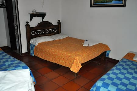 Spanish Colonial B&B - Tabio