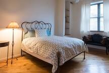 Comfortable pillowtop Queen size mattress