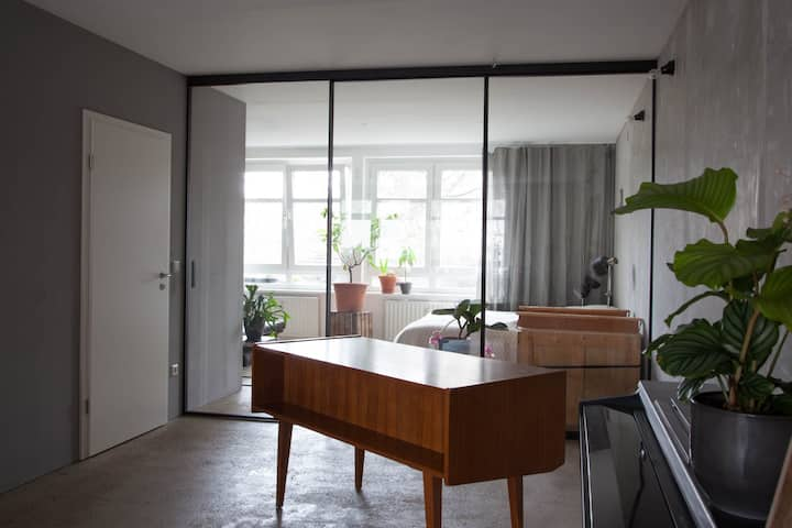 Beautifully designed 105 sqm Loft space in Mitte