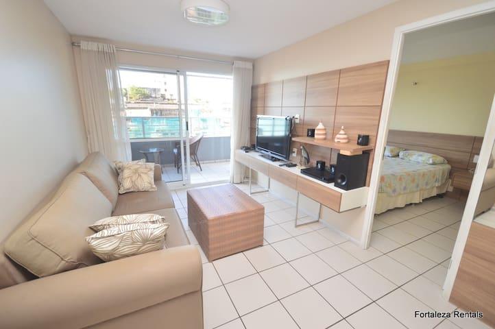 Apartamento com 2 quartos na Praia de Iracema