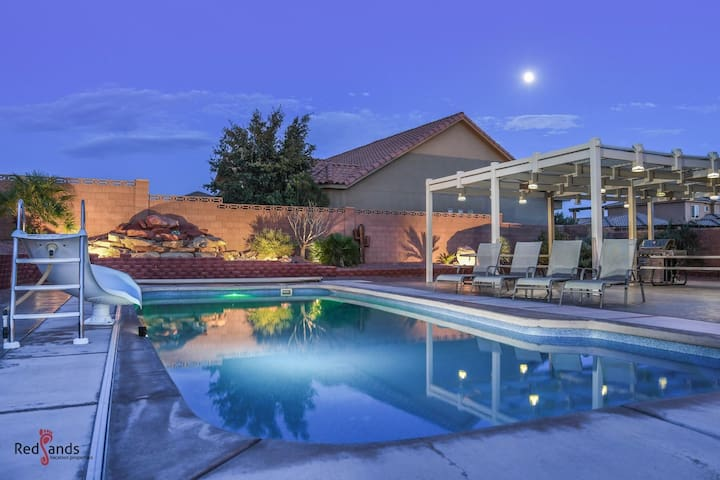 4242 Sand Hollow | Private Pool and Hot Tub, Water Slide, Playground, Ping Pong