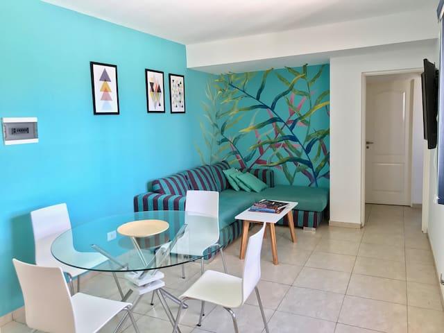 Luminoso departamento con cochera - San Luis - Lägenhet