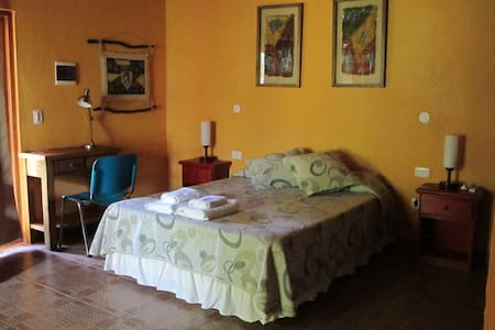 Casa Yaguarete Room two people - Puerto Iguazu - Bed & Breakfast