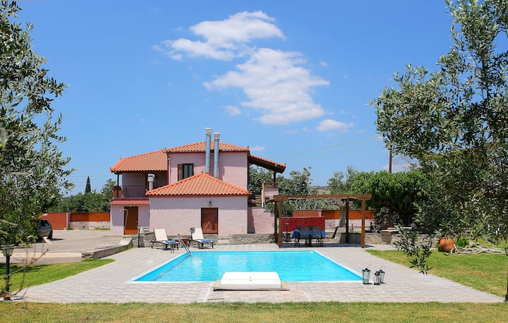 Traditional Stone Villa Katerina with Private Pool