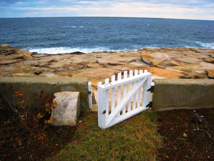 Point de Chene-Gate to Rocks and Ocean