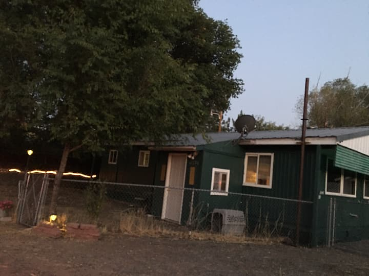 The Bly BnB -just off Hwy 140