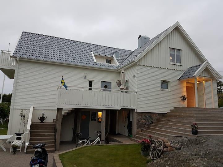 Göteborgs skärgård ,Sommarboende Hönö Vecka 23-36
