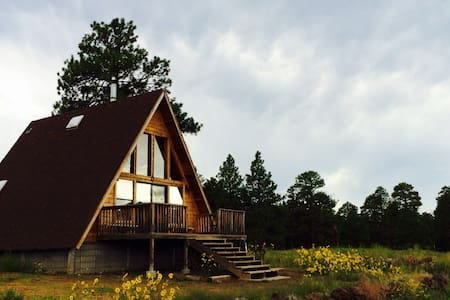 A-Frame Mountain View Cabin in a National Forest - Flagstaff - Blockhütte