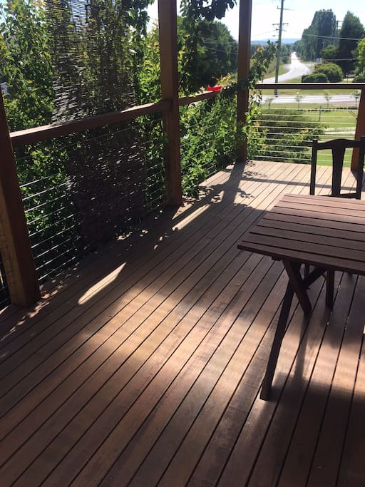 Sun Deck/table and seating