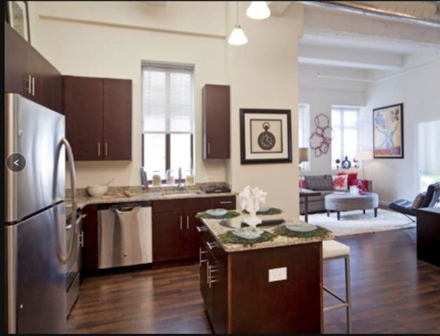 2b/2b Loft- No longer Available - Jersey City - Loft