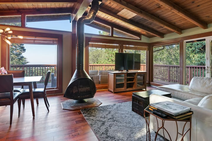 Oakland Hills Luxury Treehouse Retreat Close to SF