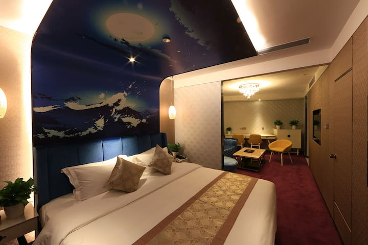 龙岗中心城 蓝斯精品酒店 lansi boutique hotel 距离龙城广场地铁站5min车程 - Shenzhen - Guesthouse