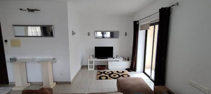 Apartment: 1 min from beach, 3 beds, 2 bathrooms