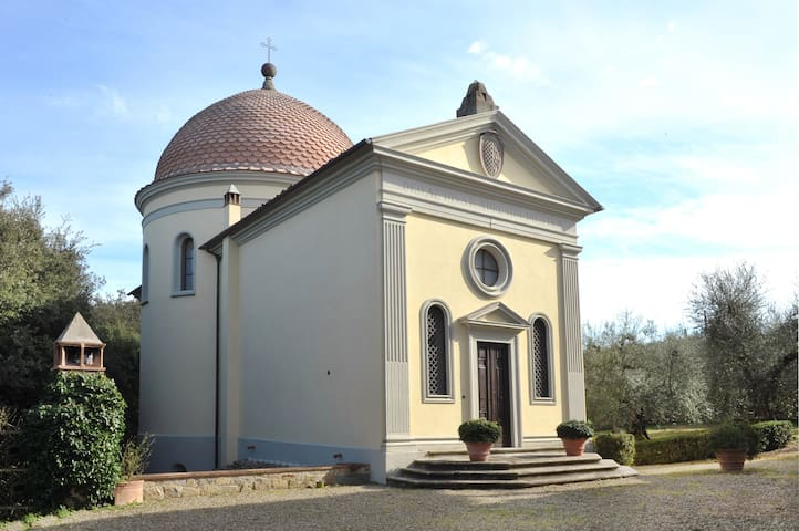 Firenze- Red chapel (with swimming pool) - Impruneta - Rumah