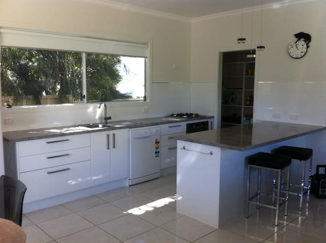 Tis Bliss 2 Ground Floor Apartment - Victor Harbor - Appartement