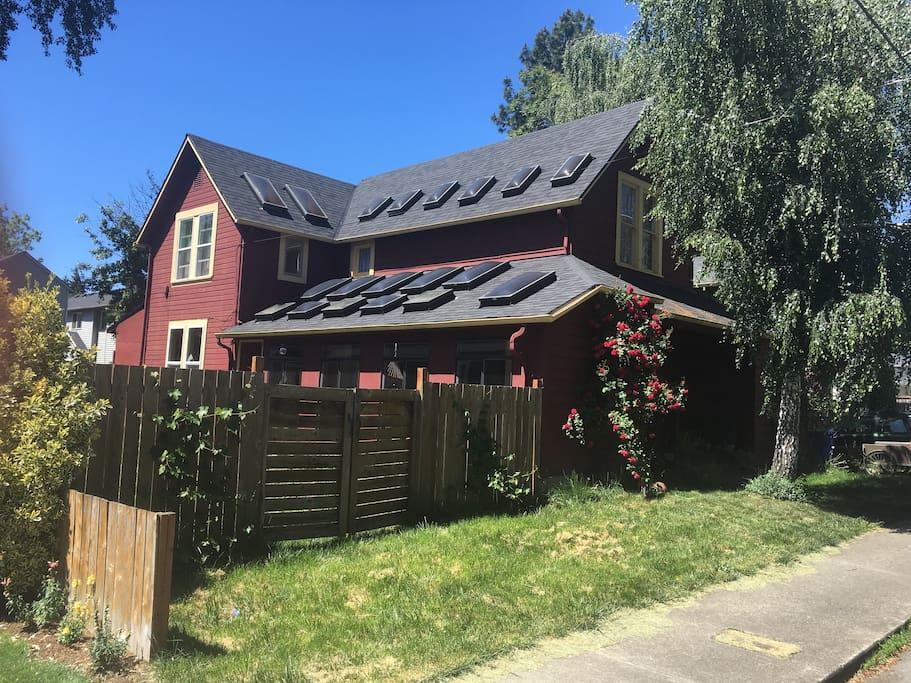 spacious and modern north portland farmhouse houses for