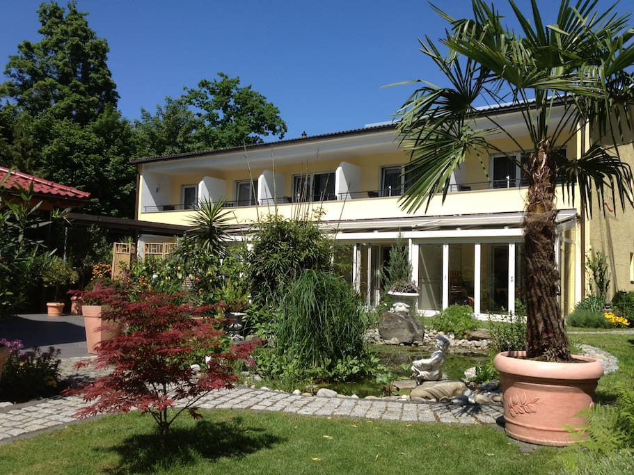 Ferienwohnungen lotzbeckpark am see serviced apartments for Bodensee apartment