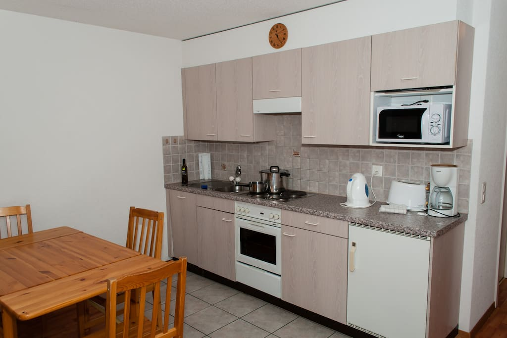Fully equipped kitchen inc. fridge and dishwasher